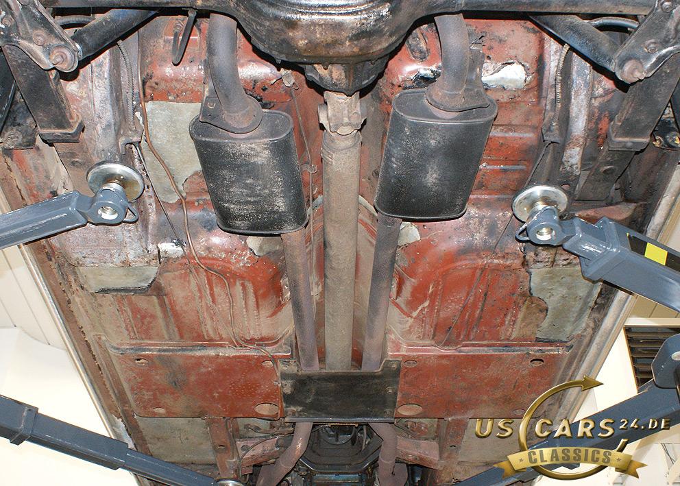 Restaurierung Oldtimer, Ford Mustang Unterboden